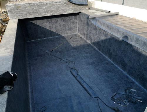 Réalisation d'une membrane armée de piscine